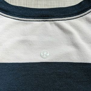 lululemon athletica Shirts - lululemon 5 year basic tee